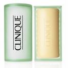 Clinique-stap-1-facial-soap-mild-2-gecombineerd-droog